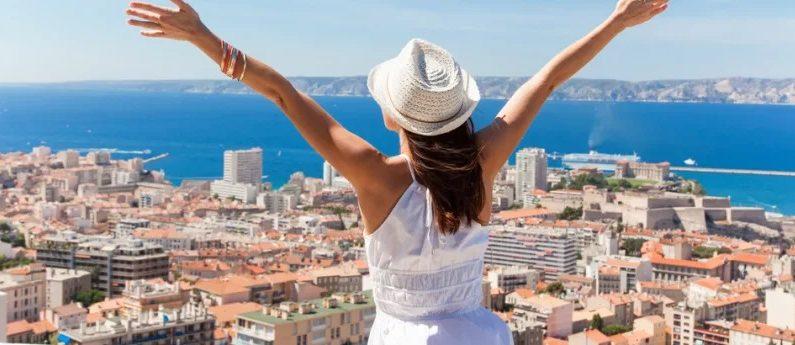 7 Fun Ways for Solo Teen Travelers to Enjoy a Safe Tour